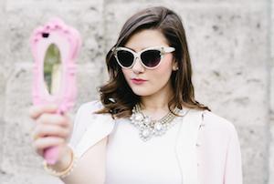 Sara Bow ist Fashion und Beauty Blogger aus München