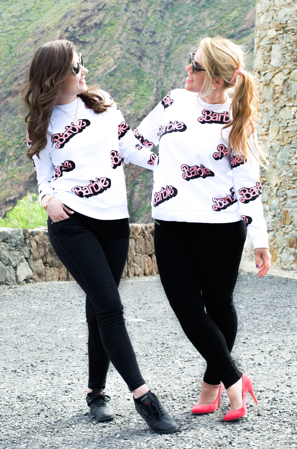 Zara-Barbie-Pullover-moschino-outfit