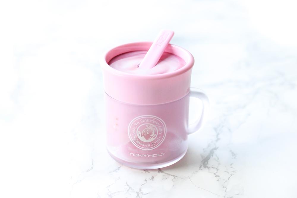 Latte Art Strawberry Scrub – Tony Moly