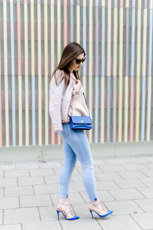 Jeans_Outfit_Fashion_BLog_Sara_Bow_Prada_tasche_Valentino_Rockstud_Pumps