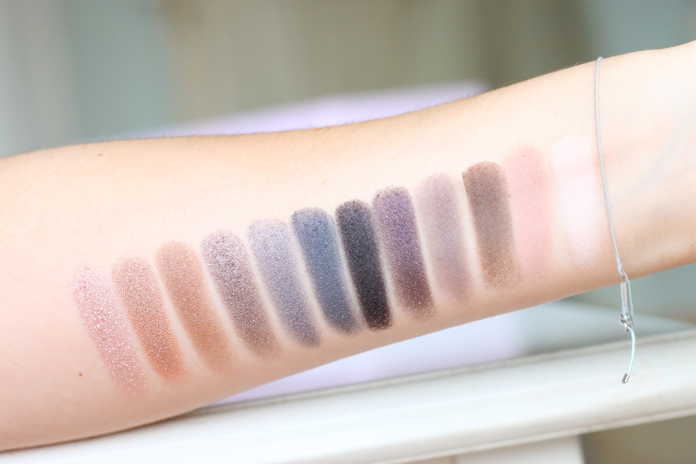 Urban_Decay_Naked_Smoky_Palette_Swatches