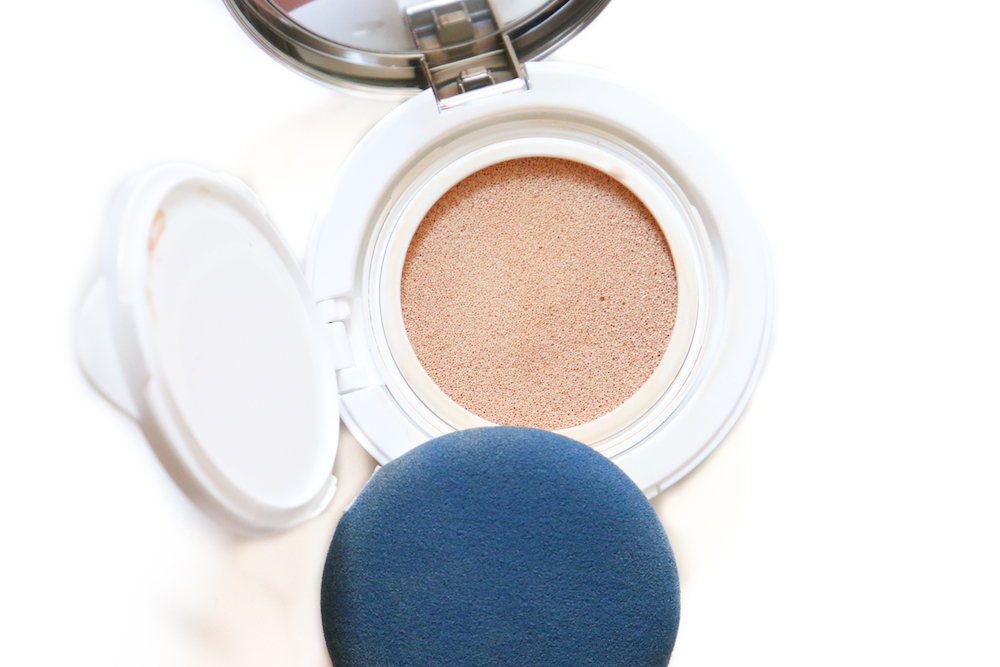 Aqua Aura Cushion Foundation