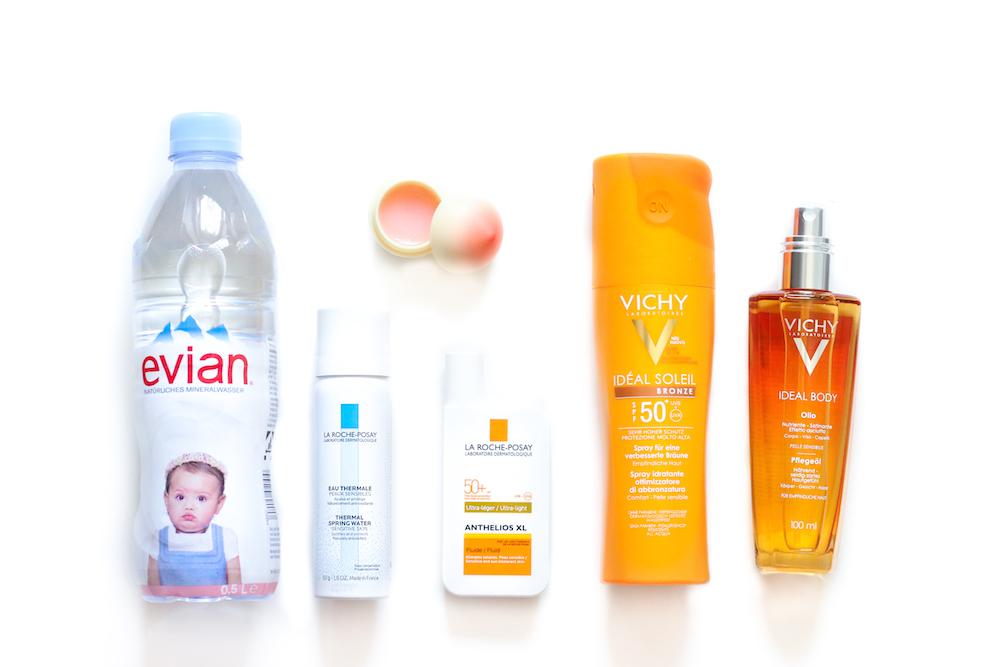 top_pflege_produkte_für_den_sommer_vichy_sonnencreme_evian_wasser_beauty_Blog