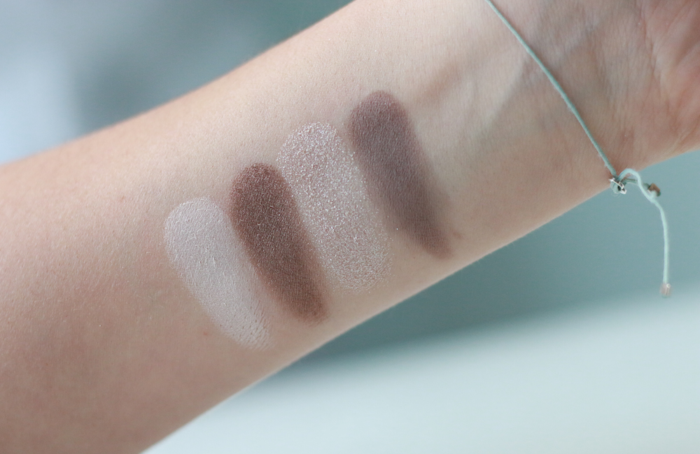 bobbi-brown-greige-eye-palette-swatch