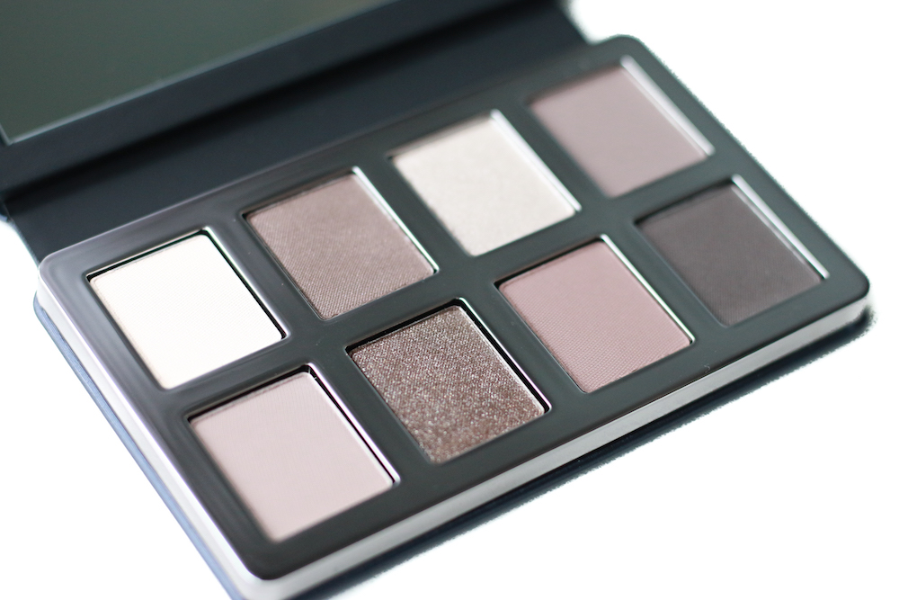 greige-eye-palette-bobbi-brown-swatch