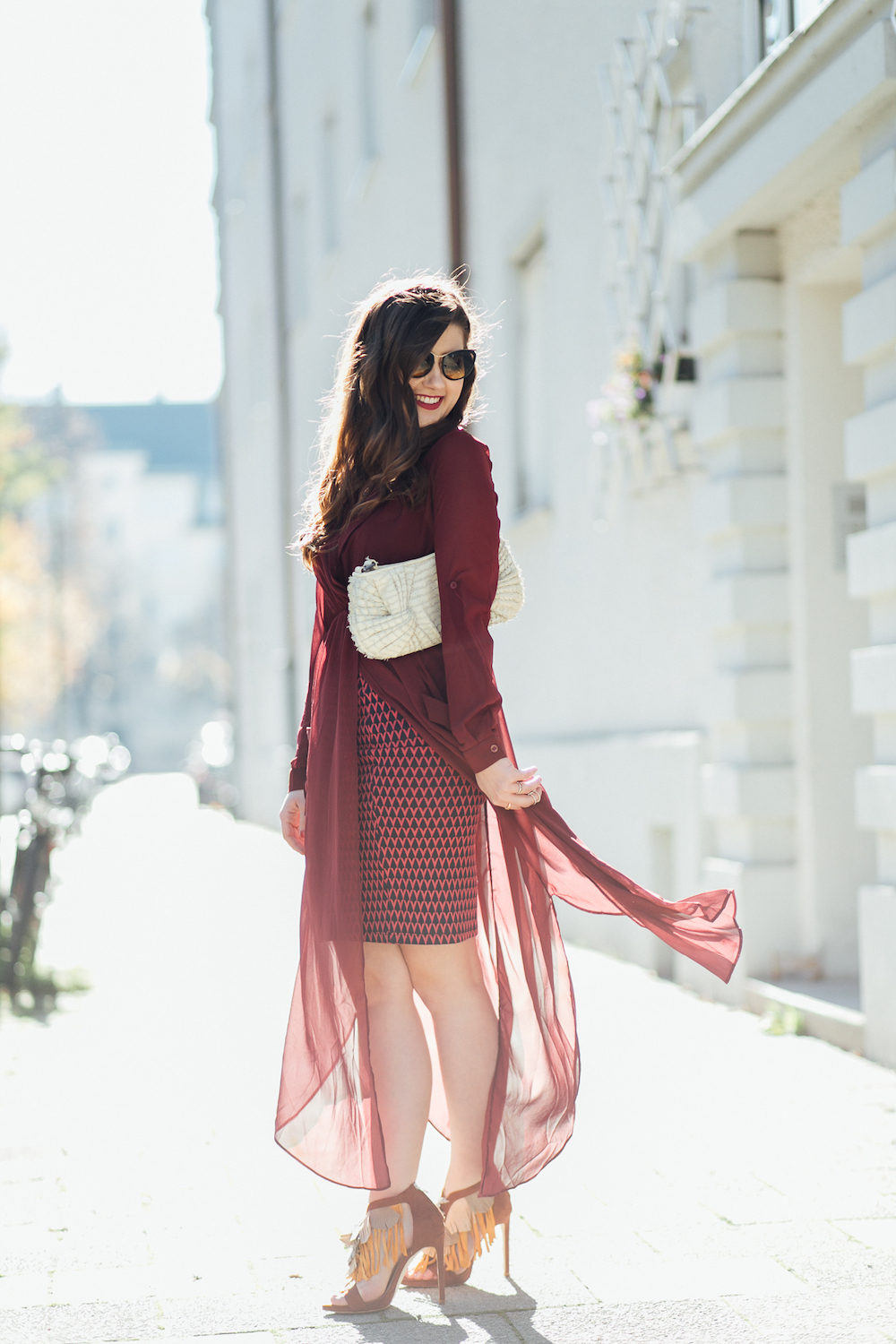 Roter Rock, Sexy Outfit