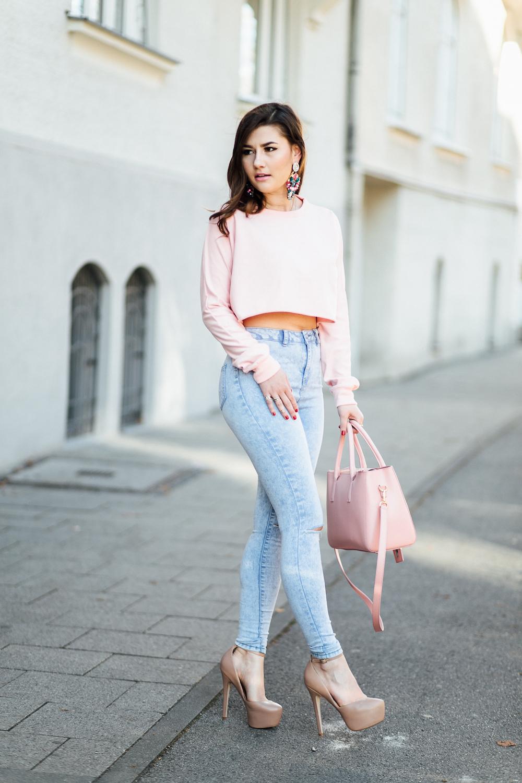 sara-bow-outfit-beliya-tasche