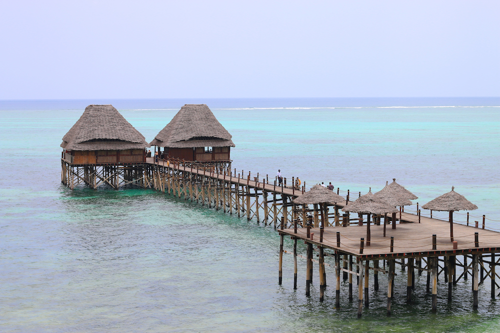 melia-resort-zanzibar-steg-strandurlaub-hotel