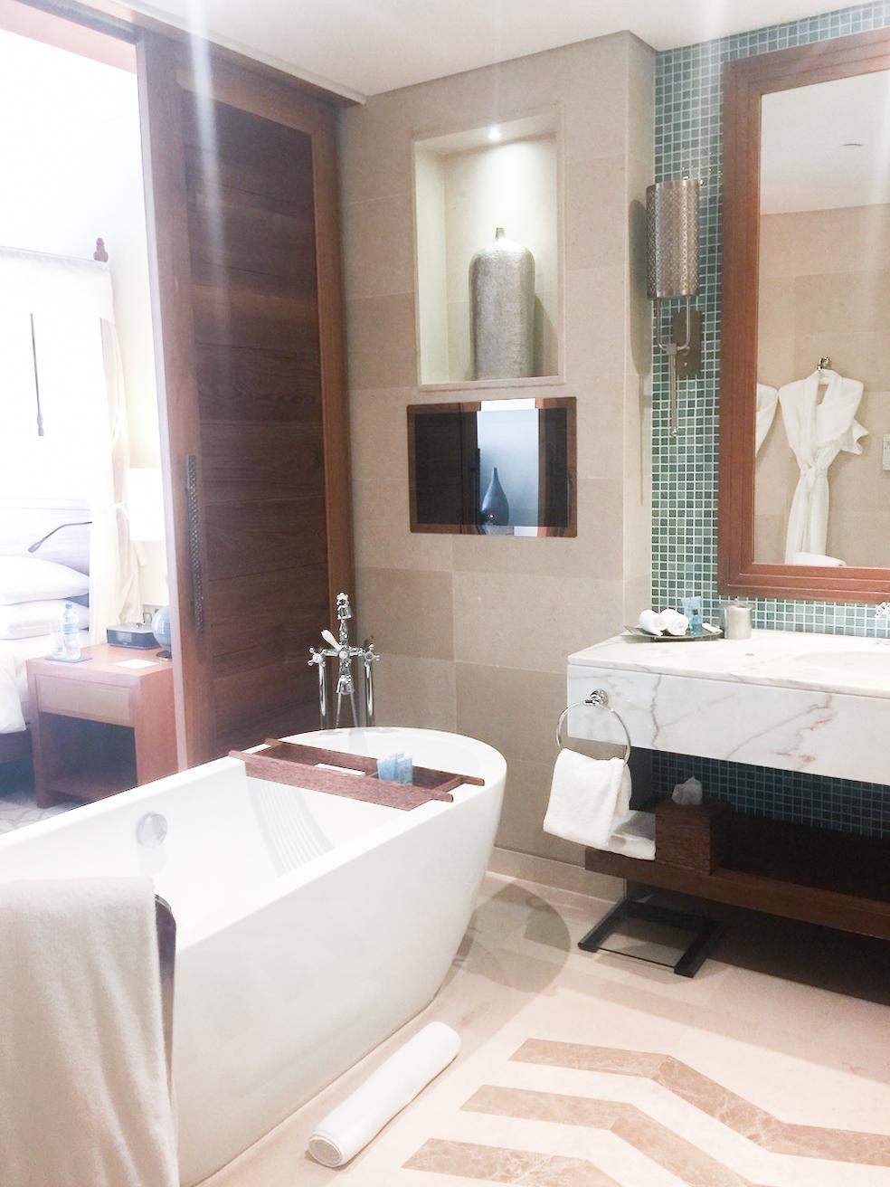 park-hyatt-hotel-zanzibar-stone-town-room-tour
