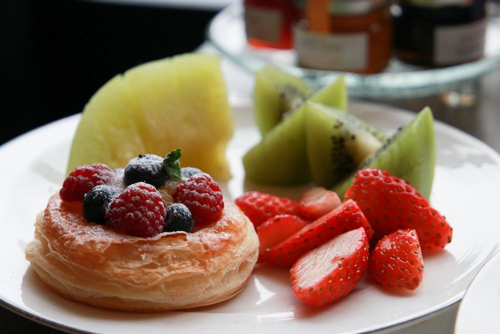 breakfast-shang-ri-la-tokyo-japan