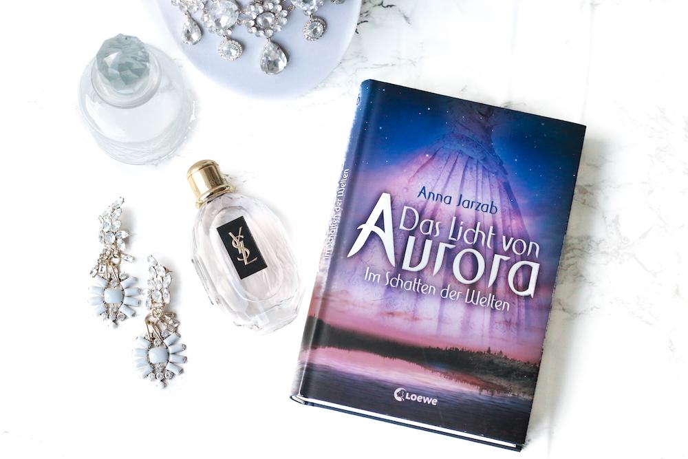 Das Licht von Aura – <em>Im Schatten der Welten</em>