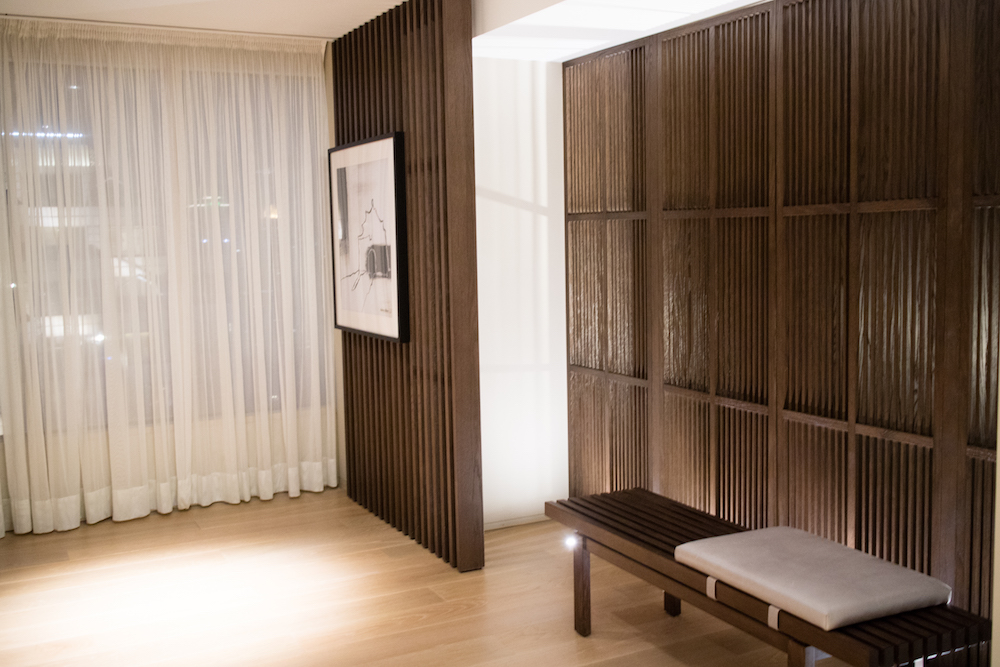 entry-hyatt-taipei-suite-room-tour