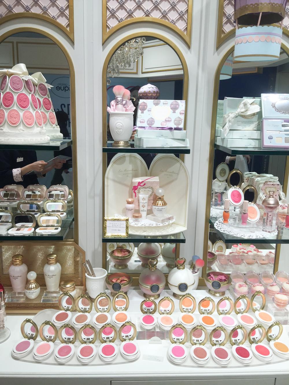 maison-laduree-counter-tokyo-harajuku-beauty-shopping