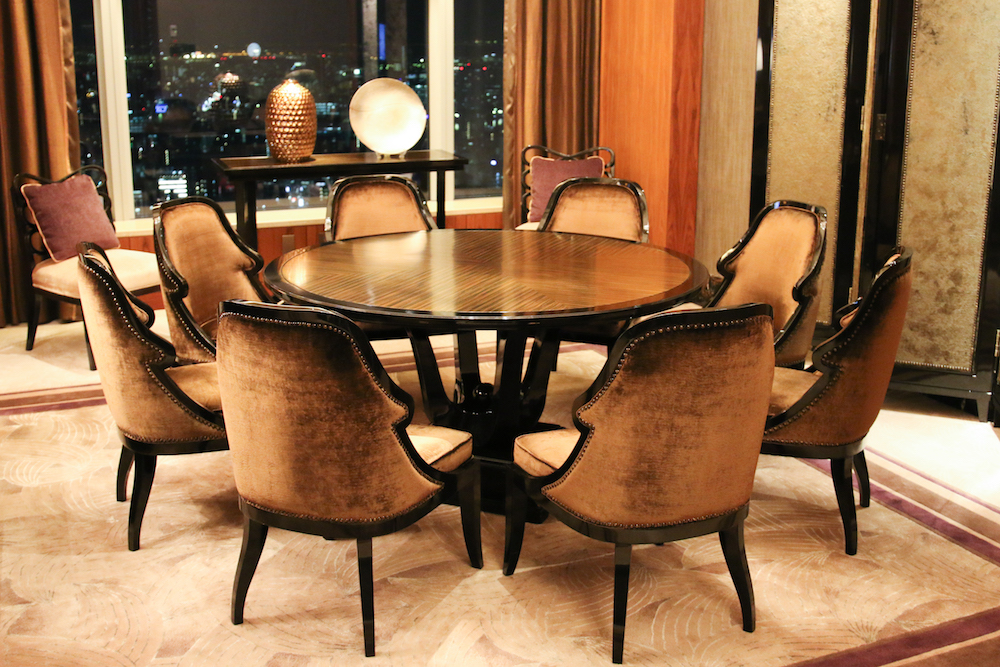 shangri_la-suite-living-room-dining-review
