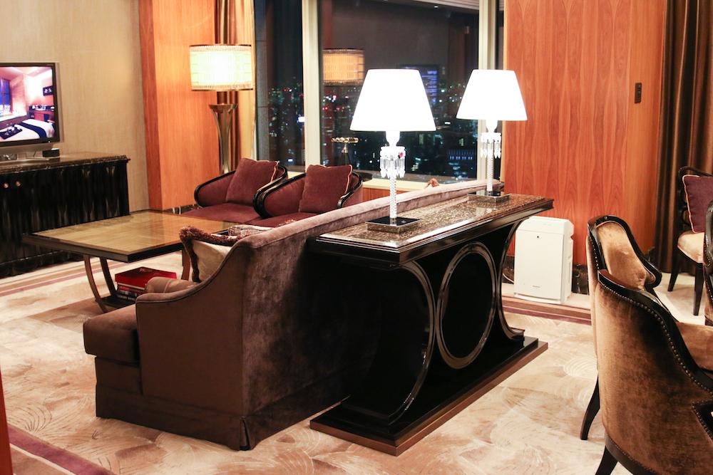 shangrila-hotel-japan-tokyo-roomtour-suite-bilder