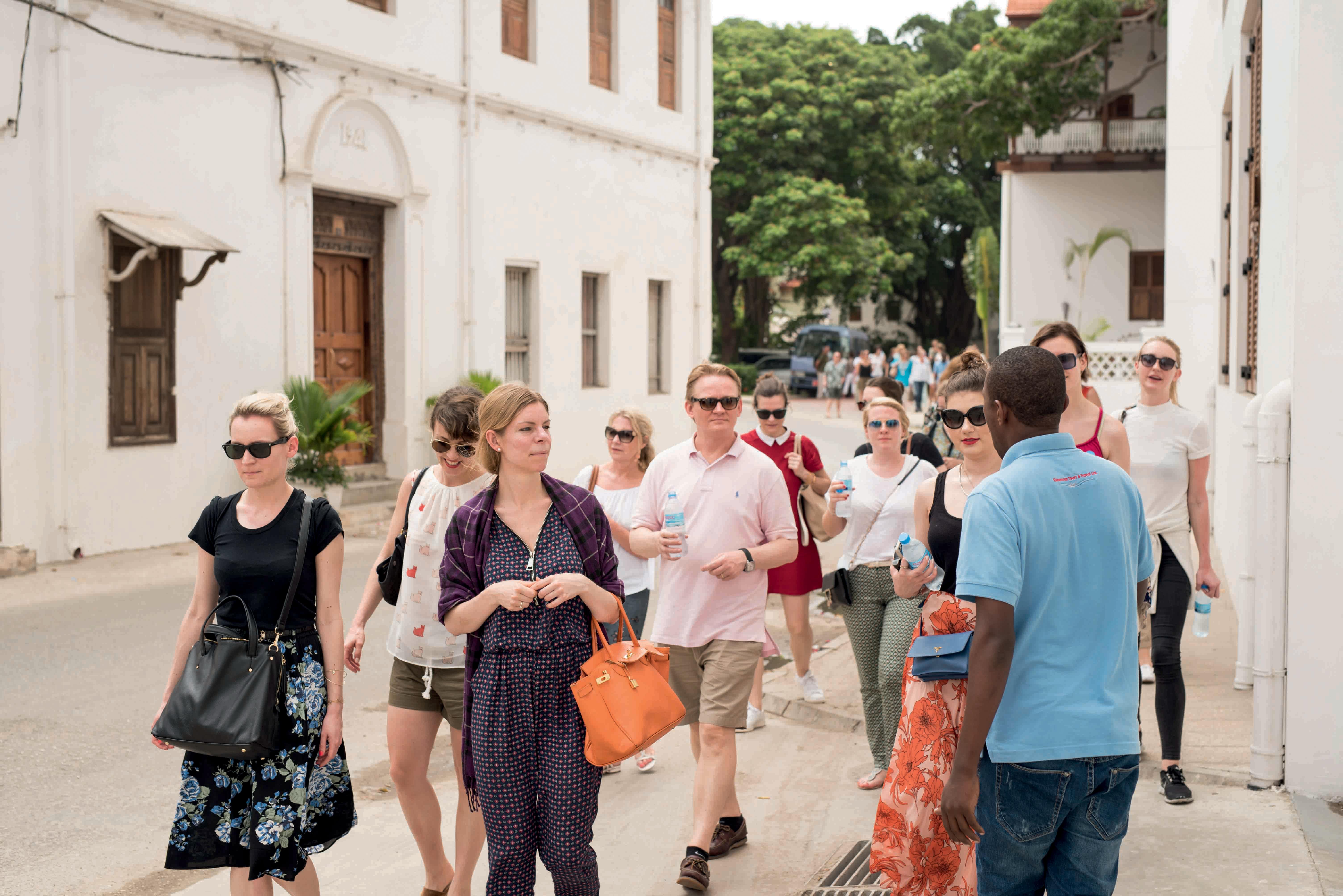 tour-guide-sightseeing-stone-town-zanzibar-tansania