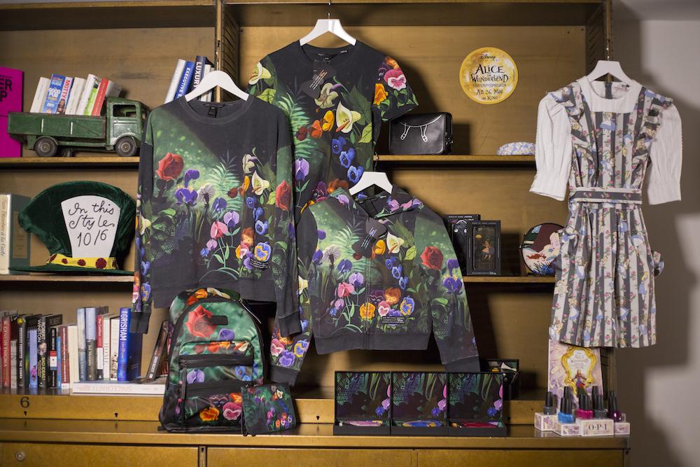 Disney und Kaviar Gauche, Fashion Event zu Alice im Wunderland: Hinter den Spiegeln, Berlin, 24. Mai 2016. © Disney/Silke Reents