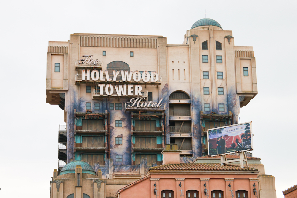 the-hollywood-tower-hotel-disneyland-paris