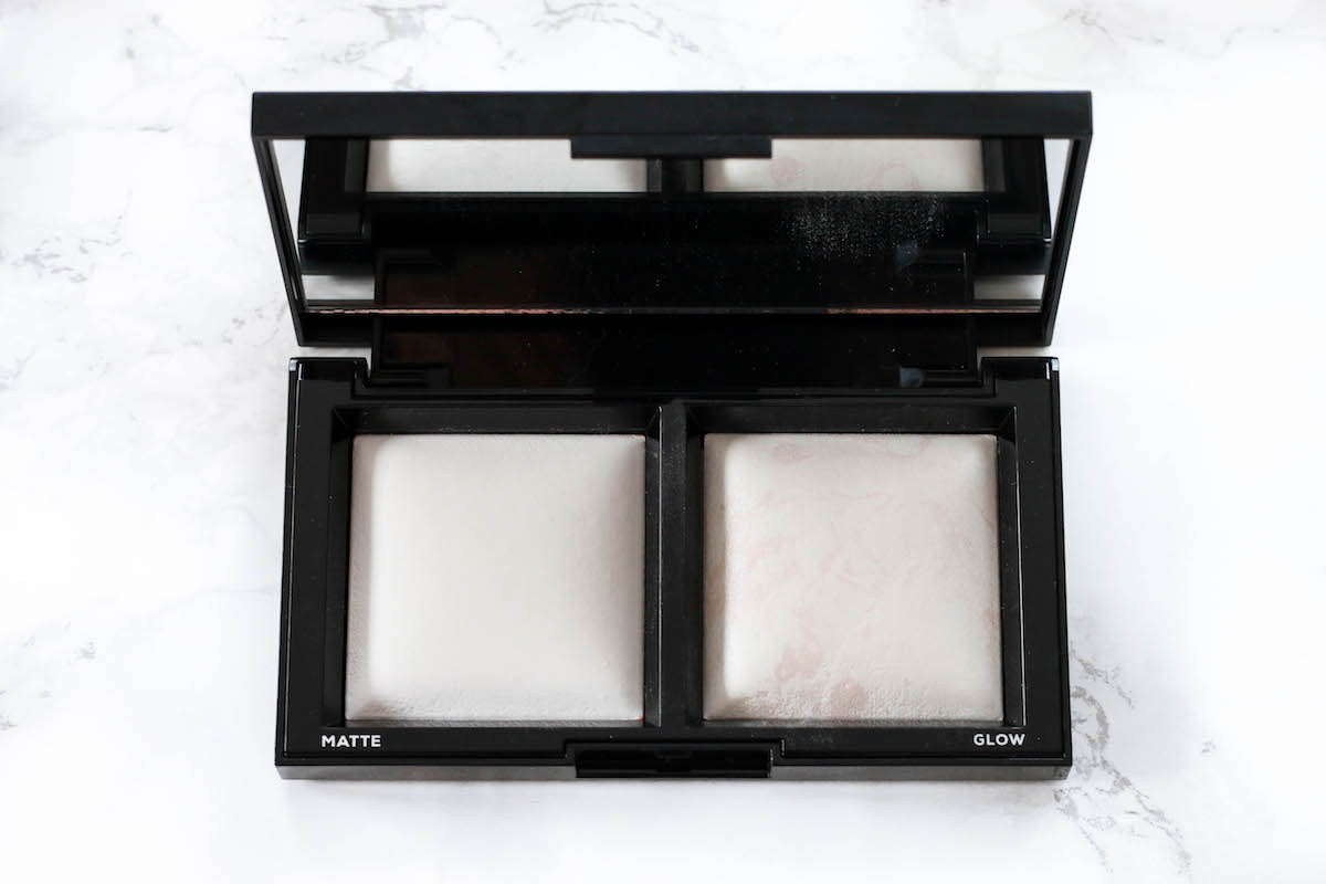 bareminerals-invisible-light-transparentes-puder-und-highlighter-gepresst-review