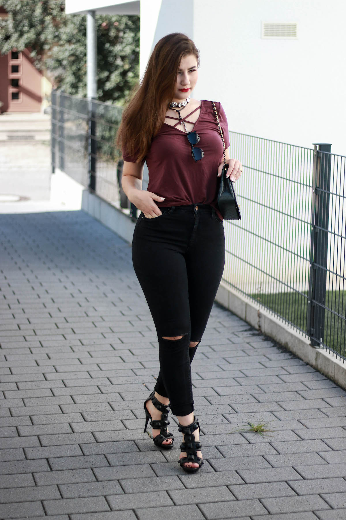 outfit-mit-chocker-kette-fashion-blogger-outfit-herbst-mit-daniel-wellington-uhr
