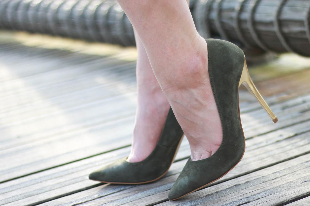 office-shoes-wildleder-gruen-pumps