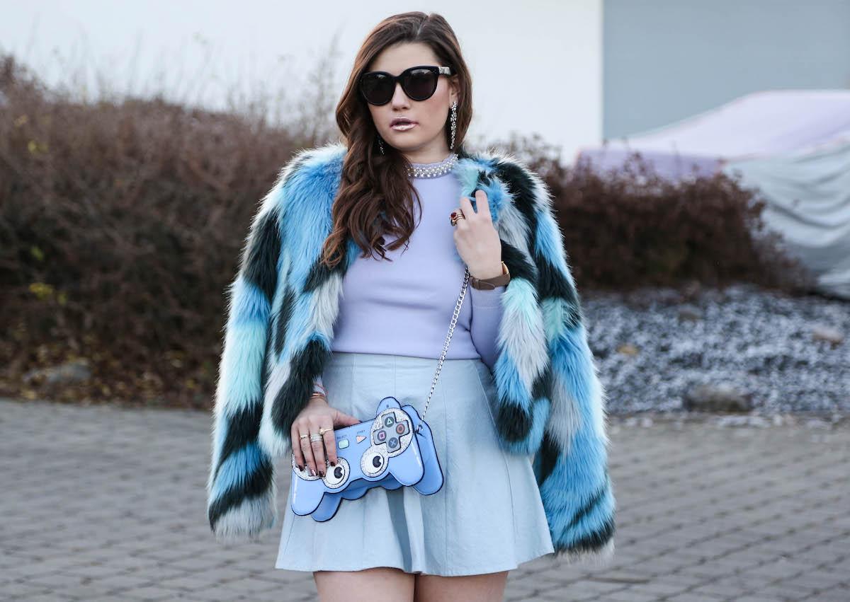 Armani Coat & Overknee Stiefel