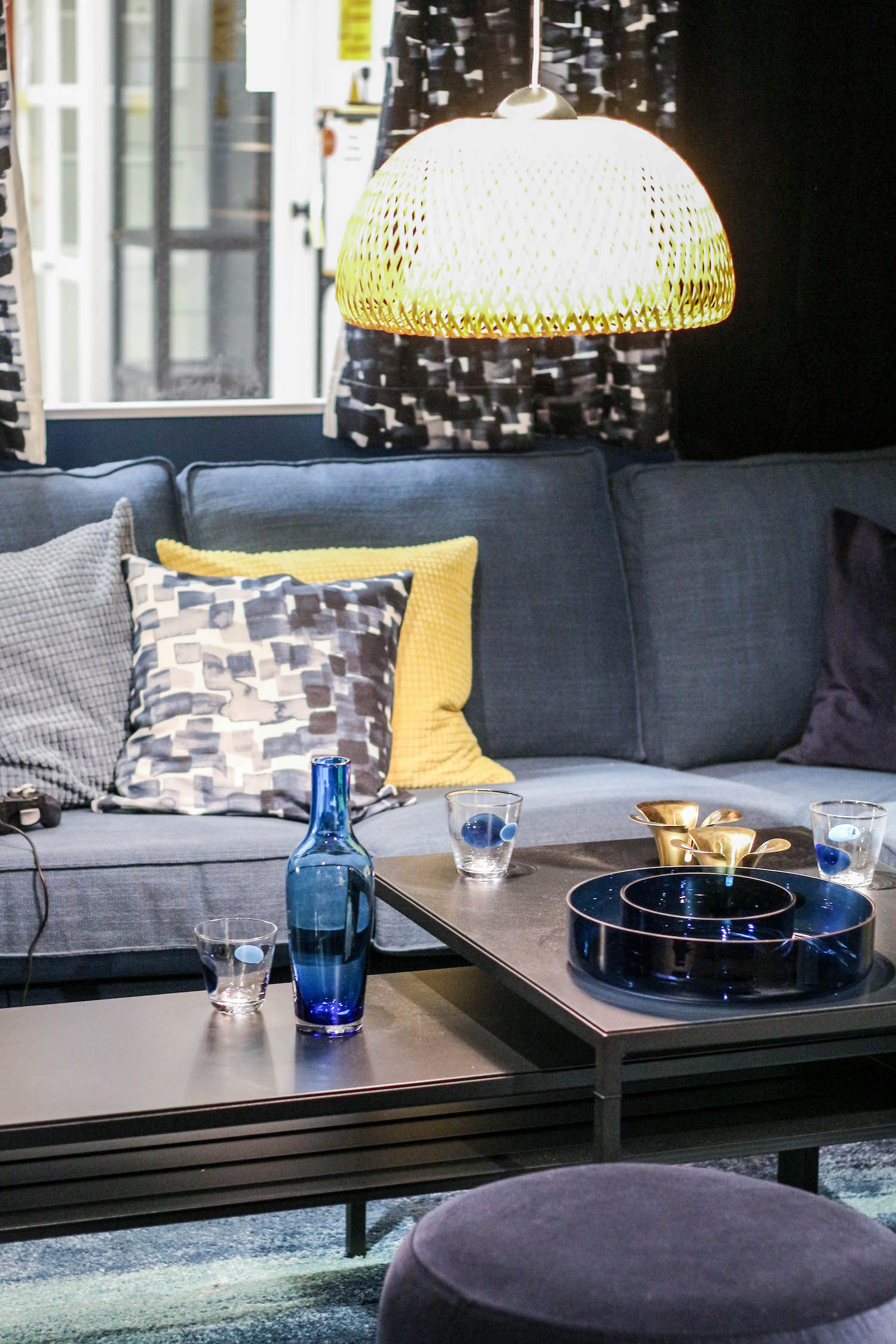 neuheiten bei ikea angebote room for friends sara bow. Black Bedroom Furniture Sets. Home Design Ideas