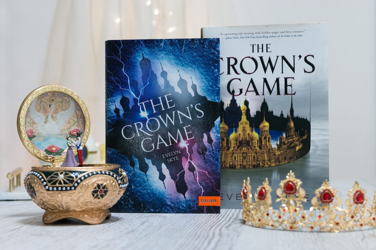 The Crowns Game Evelyn Skye Cover Vergleich