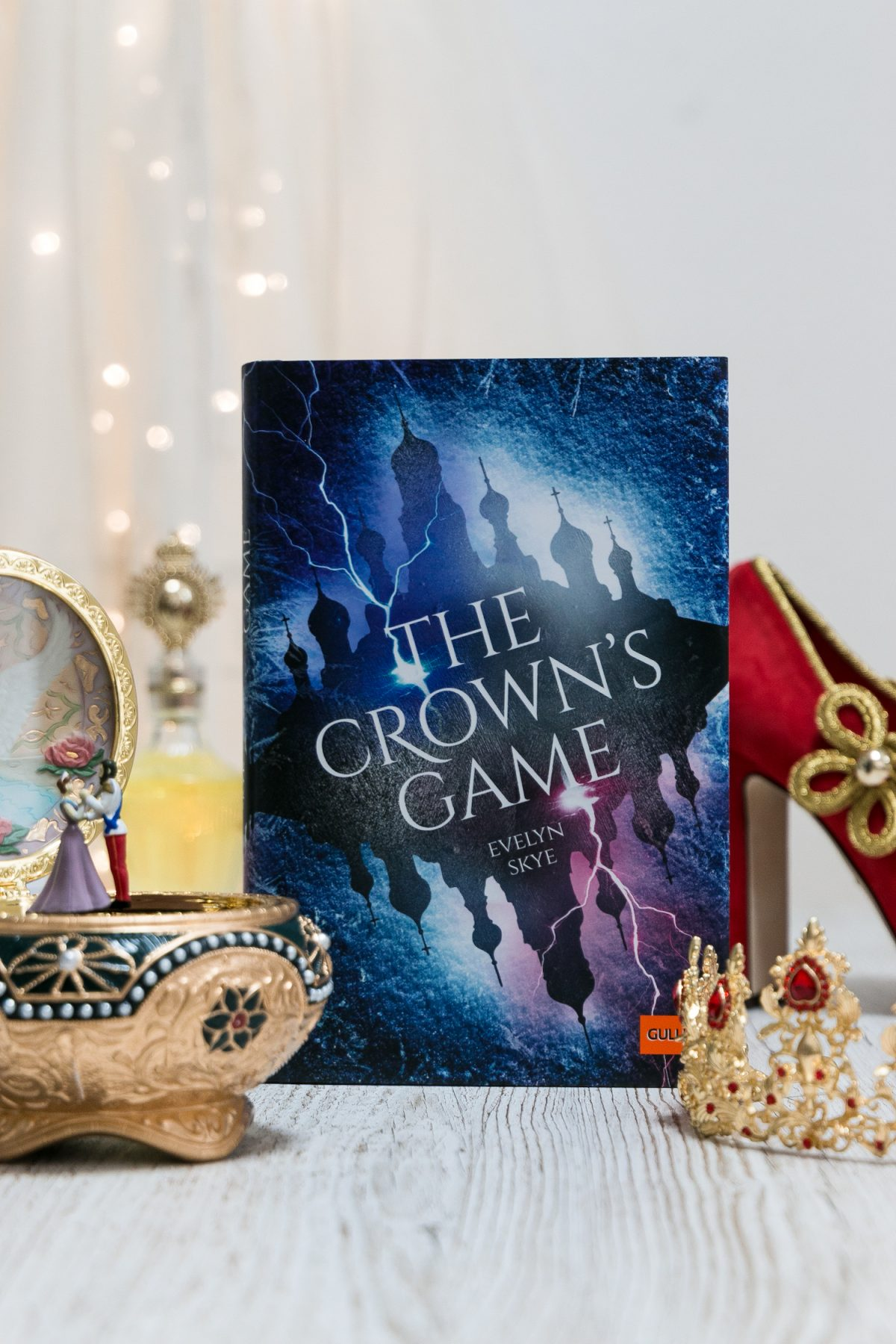 The Crowns Game Evelyn Skye deutsch